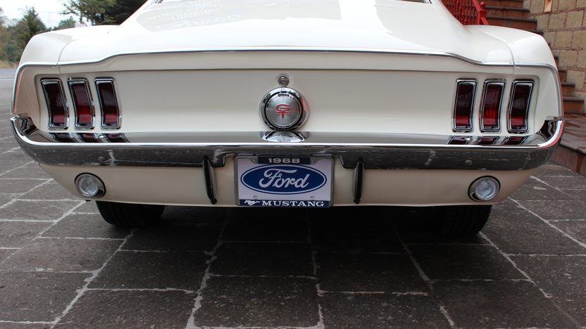 1968 Ford Mustang Fastback 302 CI, 4-Speed presented as lot F290 at Houston, TX 2013 - image3