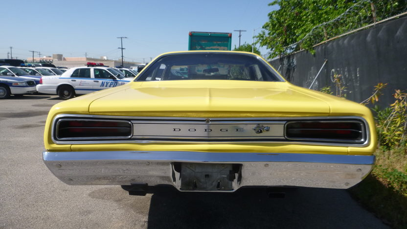 1970 Dodge Charger Coupe presented as lot F330 at Houston, TX 2013 - image3