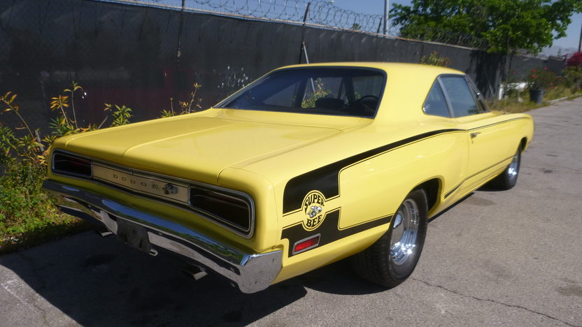 1970 Dodge Charger Coupe presented as lot F330 at Houston, TX 2013 - image6