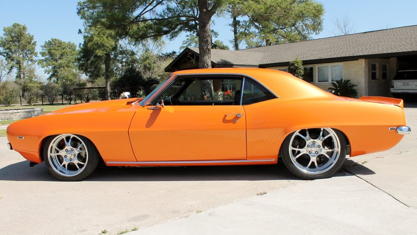 1969 Chevrolet Camaro Z28 383 CI, Air Ride presented as lot F296 at Houston, TX 2013 - image2