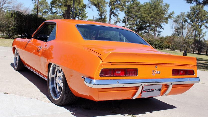 1969 Chevrolet Camaro Z28 383 CI, Air Ride presented as lot F296 at Houston, TX 2013 - image3