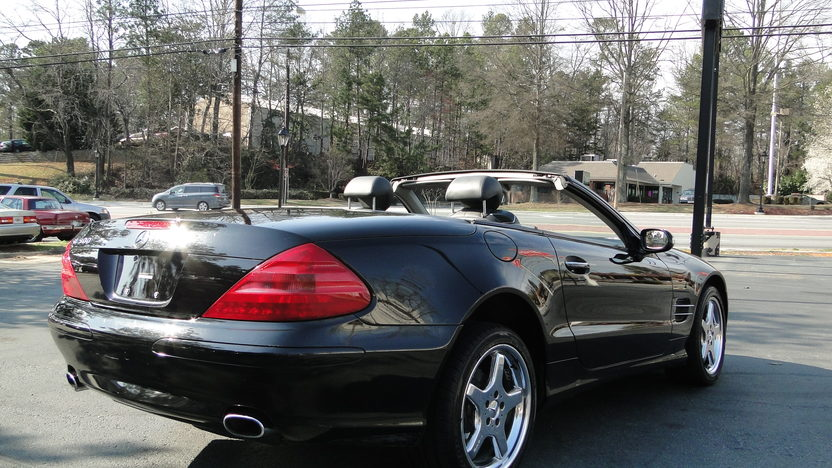 2003 Mercedes-Benz SL500 presented as lot F358 at Houston, TX 2013 - image3