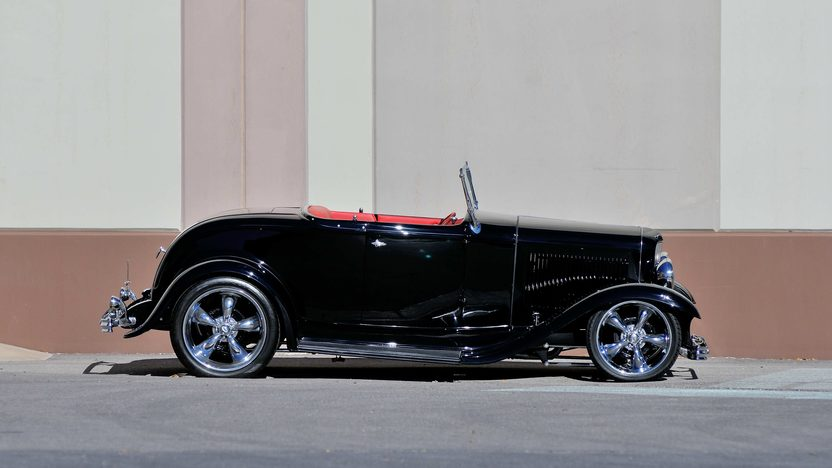 1932 Ford Roadster Street Rod 350 CI, Frame-off Build presented as lot S117 at Houston, TX 2013 - image3