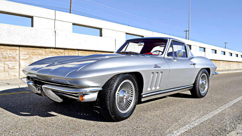 1965 Chevrolet Corvette Coupe 396/425 HP, 4-Speed, Silver/Red presented as lot S125 at Houston, TX 2013 - image11