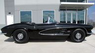 1961 Chevrolet Corvette Convertible 283/270 HP, 4-Speed presented as lot S149 at Houston, TX 2013 - thumbail image2