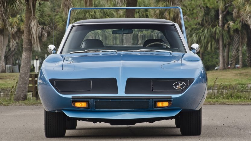 1970 Plymouth Superbird V-Code 440/390 HP, 4-Speed presented as lot S154 at Houston, TX 2013 - image11