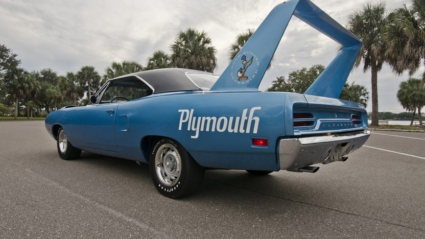 1970 Plymouth Superbird V-Code 440/390 HP, 4-Speed presented as lot S154 at Houston, TX 2013 - image2