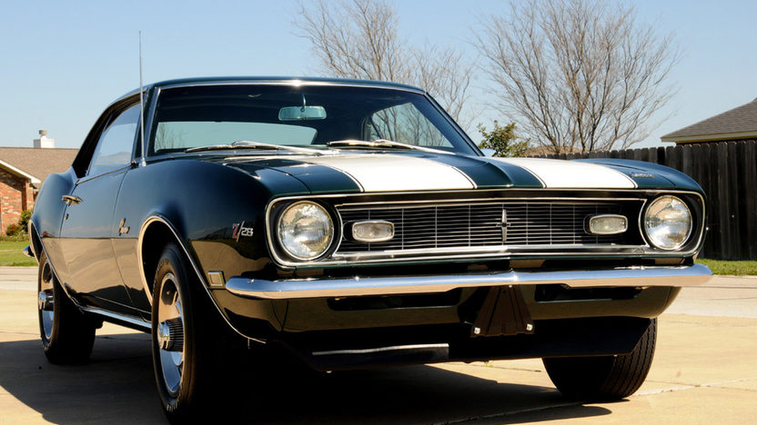 1968 Chevrolet Camaro Z28 302/290 HP, 4-Speed presented as lot S208 at Houston, TX 2013 - image6