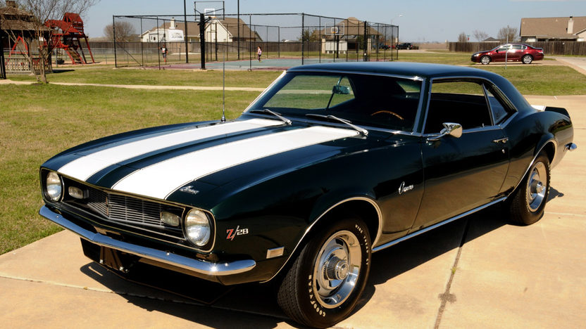 1968 Chevrolet Camaro Z28 302/290 HP, 4-Speed presented as lot S208 at Houston, TX 2013 - image7