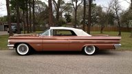 1960 Pontiac Bonneville Convertible 389/318 HP, Automatic presented as lot S225 at Houston, TX 2013 - thumbail image2