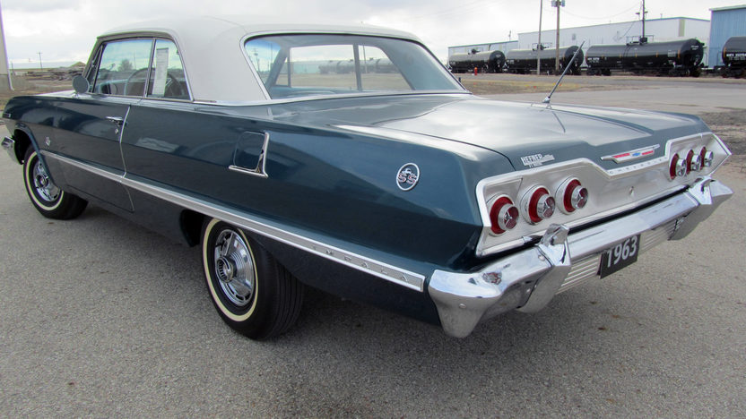 1963 Chevrolet Impala Hardtop 409 CI, 4-Speed presented as lot S229 at Houston, TX 2013 - image2