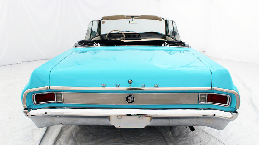 1963 Buick Skylark Convertible 215 CI, Automatic presented as lot S53 at Houston, TX 2013 - image3