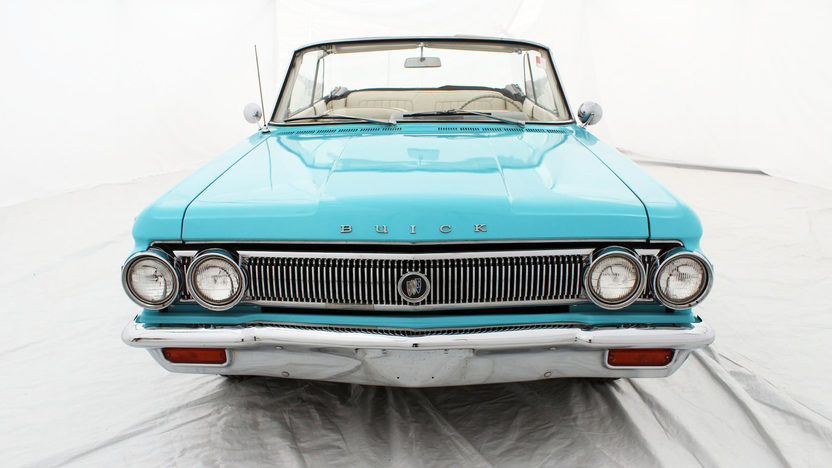 1963 Buick Skylark Convertible 215 CI, Automatic presented as lot S53 at Houston, TX 2013 - image7