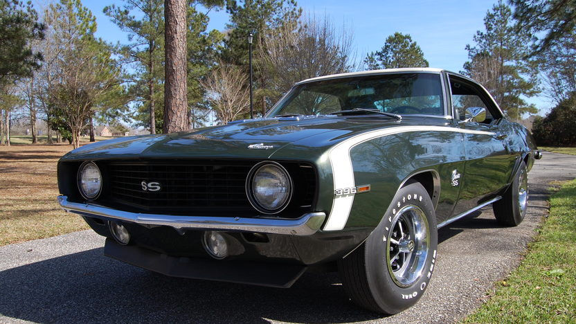 1969 Chevrolet Camaro 396/375 HP, 4-Speed presented as lot S74 at Houston, TX 2013 - image10