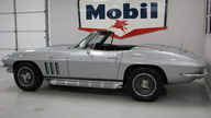 1965 Chevrolet Corvette Convertible 327/350 HP, 4-Speed presented as lot S84 at Houston, TX 2013 - thumbail image2