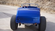 1932 Ford Roadster Street Rod 454 CI, Fiberglass Body presented as lot S91 at Houston, TX 2013 - thumbail image3