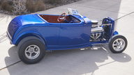 1932 Ford Roadster Street Rod 454 CI, Fiberglass Body presented as lot S91 at Houston, TX 2013 - thumbail image7