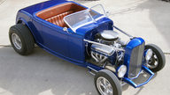 1932 Ford Roadster Street Rod 454 CI, Fiberglass Body presented as lot S91 at Houston, TX 2013 - thumbail image9
