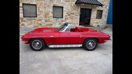 1966 Chevrolet Corvette Convertible 427/390 HP, 4-Speed presented as lot S106 at Houston, TX 2013 - thumbail image2