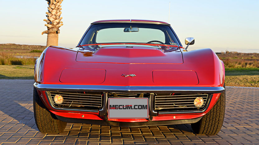 1968 Chevrolet Corvette Coupe 427/435 HP, 4-Speed presented as lot S107 at Houston, TX 2013 - image9