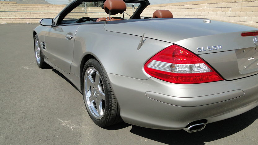 2007 Mercedes-Benz SL550 presented as lot S108 at Houston, TX 2013 - image3