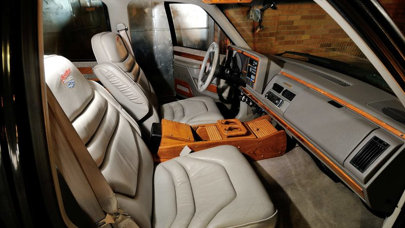 1994 Chevrolet Crew Cab Dually Pickup 454 CI, Custom Interior presented as lot F279 at Houston, TX 2013 - image4