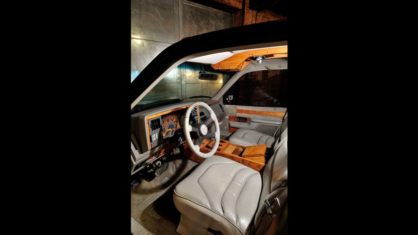 1994 Chevrolet Crew Cab Dually Pickup 454 CI, Custom Interior presented as lot F279 at Houston, TX 2013 - image5