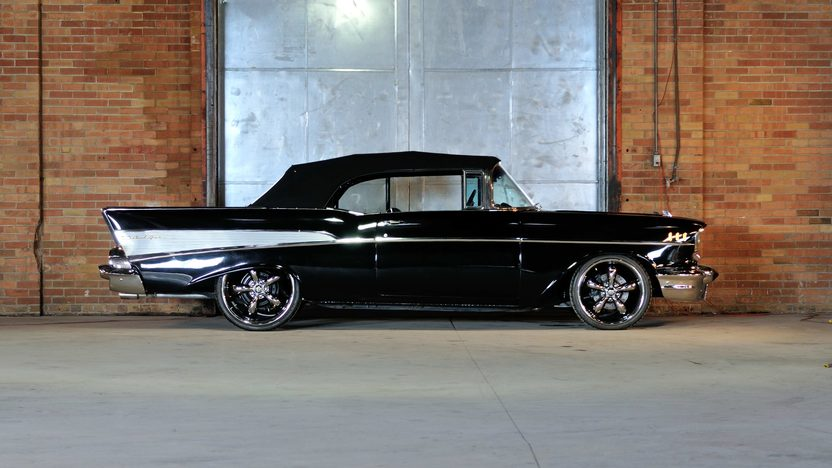 1957 Chevrolet Bel Air Convertible 350 CI, Power Top presented as lot S142 at Houston, TX 2013 - image2
