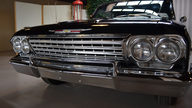 1962 Chevrolet Impala SS Convertible 409/409 HP, 4-Speed presented as lot F272 at Houston, TX 2013 - thumbail image11