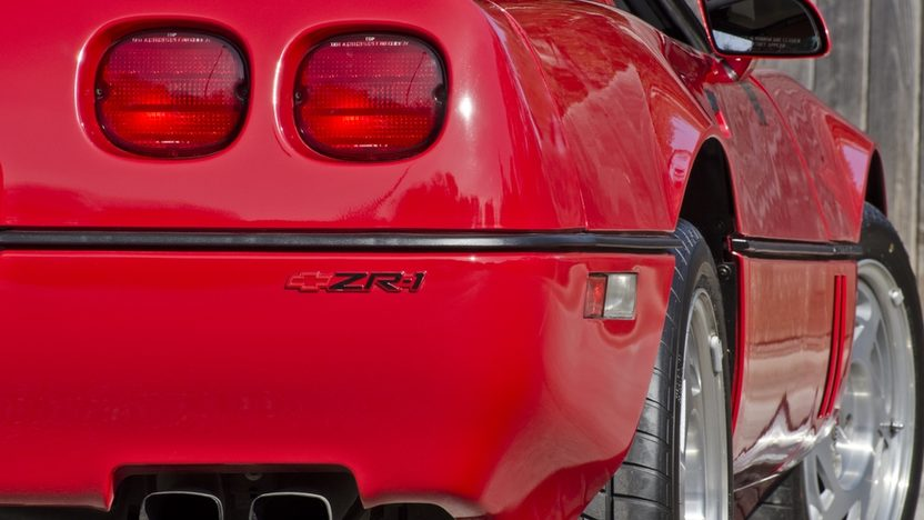 1990 Chevrolet Corvette ZR1 LT5/375 HP, 6-Speed, 9,000 Miles presented as lot F214 at Houston, TX 2013 - image9