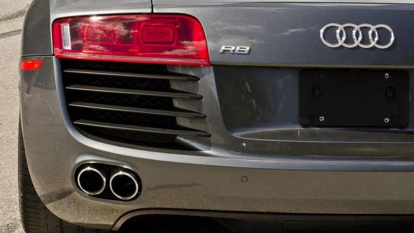 2009 Audi R8 Quattro 4.2L, 6-Speed, 11,900 Miles presented as lot S171 at Houston, TX 2013 - image9