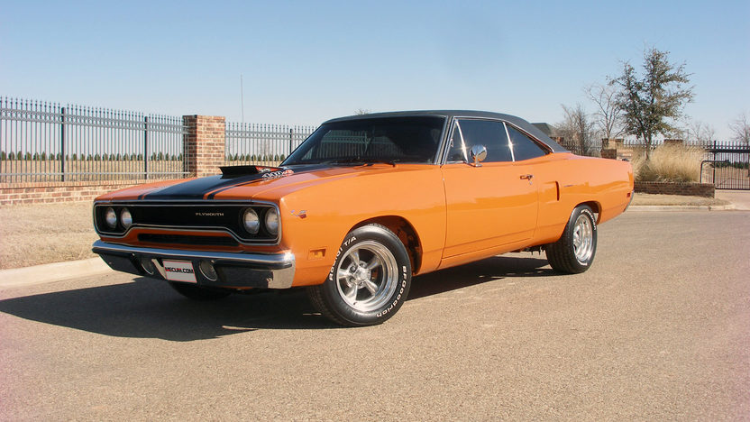 1970 Plymouth Road Runner 440 CI, 4-Speed presented as lot F252.1 at Houston, TX 2013 - image9