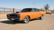 1970 Plymouth Road Runner 440 CI, 4-Speed presented as lot F252.1 at Houston, TX 2013 - thumbail image9
