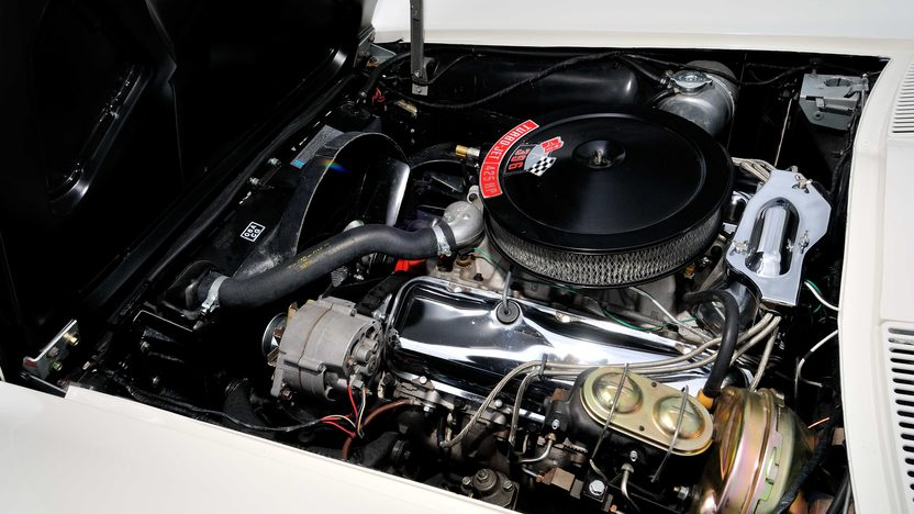1965 Chevrolet Corvette Coupe 396/425 HP, 4-Speed presented as lot F191.1 at Houston, TX 2013 - image6
