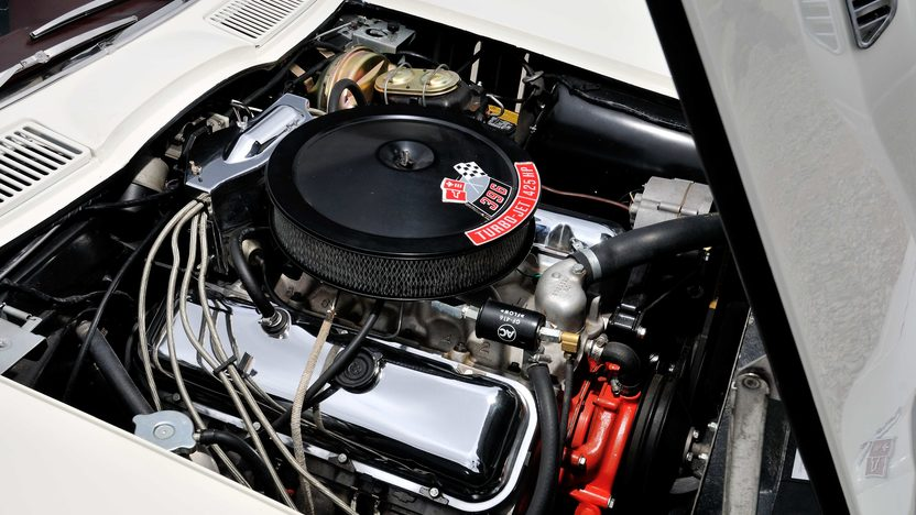 1965 Chevrolet Corvette Coupe 396/425 HP, 4-Speed presented as lot F191.1 at Houston, TX 2013 - image7