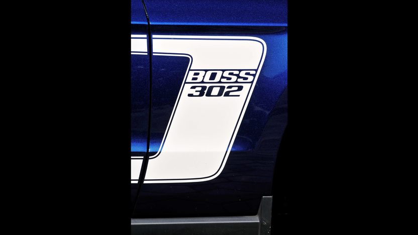 2012 Ford Mustang Boss 302 Coupe presented as lot F208.1 at Houston, TX 2013 - image10