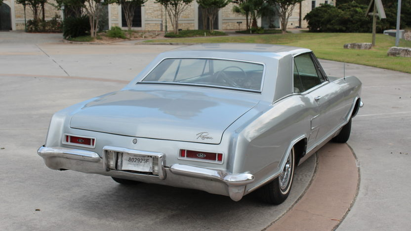 1964 Buick Riviera Coupe 425 CI, Automatic presented as lot T100 at Houston, TX 2014 - image3