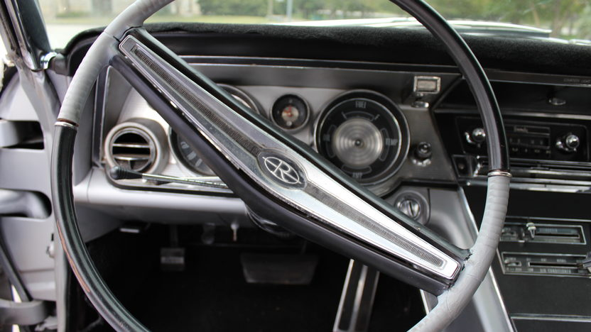 1964 Buick Riviera Coupe 425 CI, Automatic presented as lot T100 at Houston, TX 2014 - image6