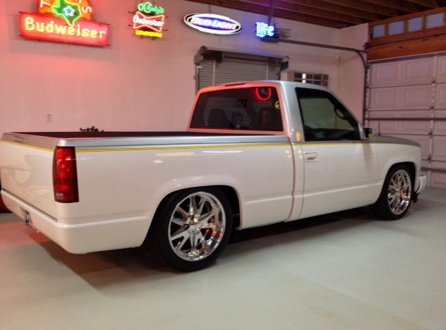 1995 Chevrolet Silverado Pickup Supercharged 350 CI, 4-Link Rear presented as lot T230 at Houston, TX 2014 - image2