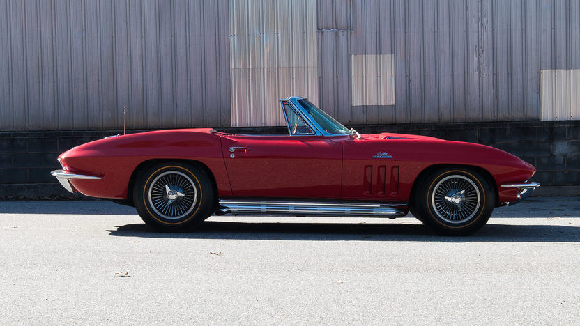 1966 Chevrolet Corvette Convertible 427/425 HP, 4-Speed presented as lot S110.1 at Houston, TX 2014 - image2