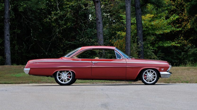1962 Chevrolet Bel Air Bubble Top Resto Mod, 5.7L, 6-Speed presented as lot F91.1 at Houston, TX 2014 - image2