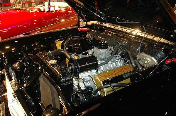 1957 Chrysler Imperial Convertible 392/325 HP, Automatic presented as lot S5 at Branson, MO 2009 - image4