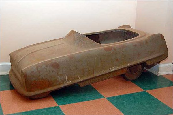 2 Unrestored Pedal Cars *Late Addition presented as lot Z443 at Branson, MO 2009 - image2