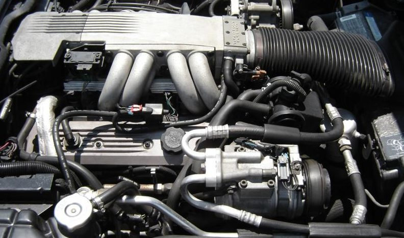 1991 Chevrolet Corvette Coupe 350 CI, Automatic presented as lot S64 at Des Moines, IA 2009 - image6