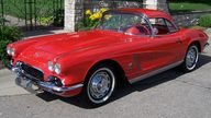 1962 Chevrolet Corvette Convertible 327/360 HP, 4-Speed  presented as lot S137 at Des Moines, IA 2009 - thumbail image3