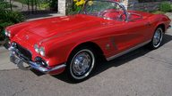 1962 Chevrolet Corvette Convertible 327/360 HP, 4-Speed  presented as lot S137 at Des Moines, IA 2009 - thumbail image7