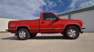 1995 Chevrolet K1500 Silverado Pickup 350 CI, Automatic presented as lot S166 at Des Moines, IA 2012 - thumbail image10