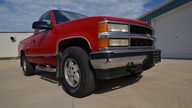 1995 Chevrolet K1500 Silverado Pickup 350 CI, Automatic presented as lot S166 at Des Moines, IA 2012 - thumbail image8