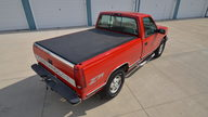 1995 Chevrolet K1500 Silverado Pickup 350 CI, Automatic presented as lot S166 at Des Moines, IA 2012 - thumbail image9