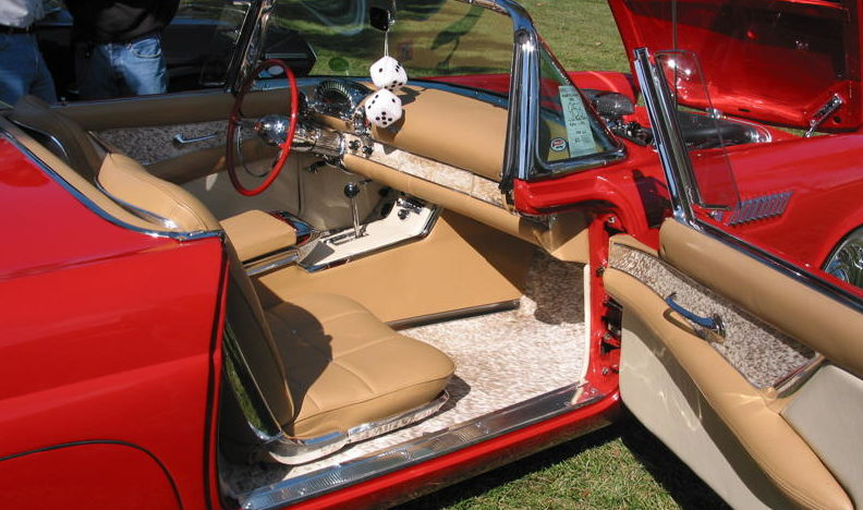 1955 Ford Thunderbird Convertible 292 CI, Automatic presented as lot S55 at Kansas City, MO 2010 - image3